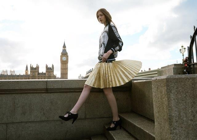 PaisleyMake in London. 'Venice' Silk Bomber Jacket: Mairi McDonald 'Off Duty' Collection Bespoke Pattern Kilt: Siobhan Mackenzie. Photography Stewart Bryden