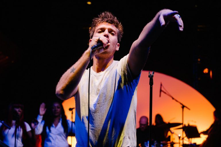 Paolo Nutini plays Paisley Abbey for The Spree