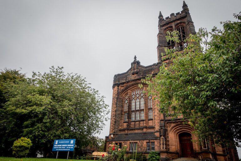 Wallneuk North Church in Paisley
