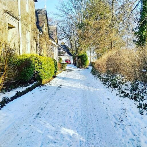 Photo of snow in Lochwinnoch by @sparkybrain on Twitter